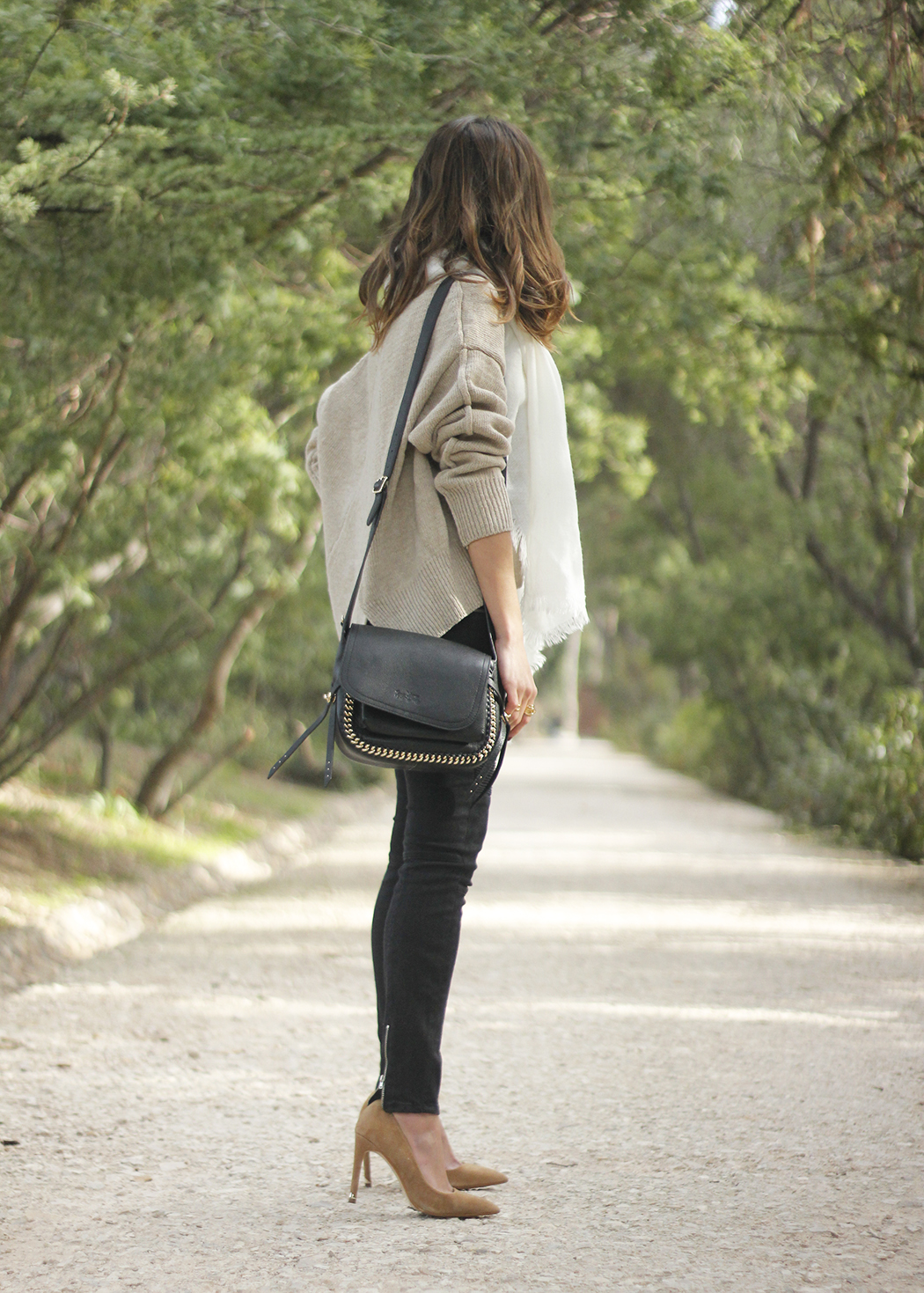 Beige Sweater Black Jeans Nude Heels White Scarf Coach Bag Outfit Style06