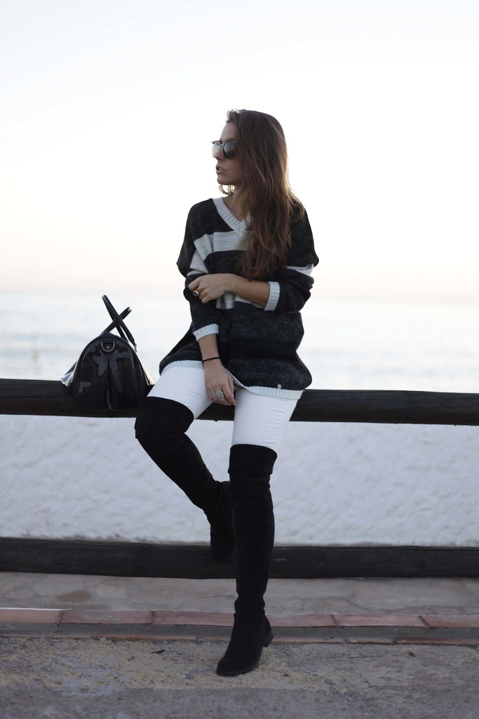09_Black_and_White_perfect_casual_outfit_theguestgirl