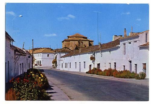 Almodovar del Pinar (Cuenca) : calle de la Virgen