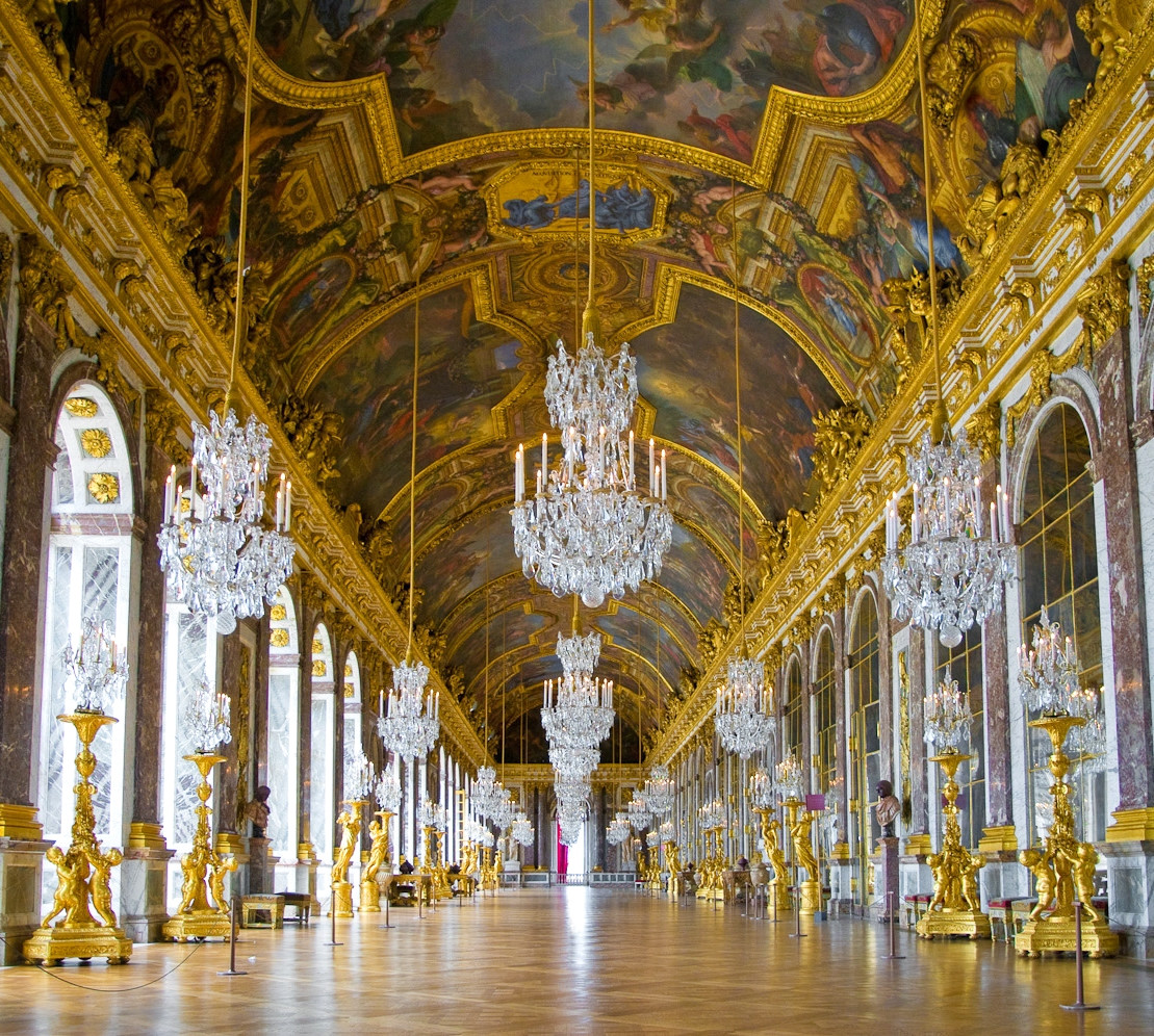 Palace of versailles, Hall of Mirrors. Credit Thibault Chappe