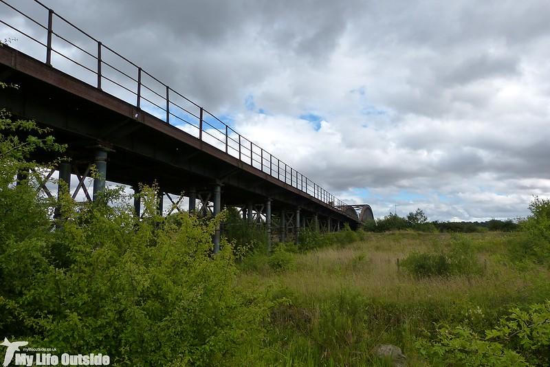 P1150143 - Old Railway Bridge, Fairburn Ings