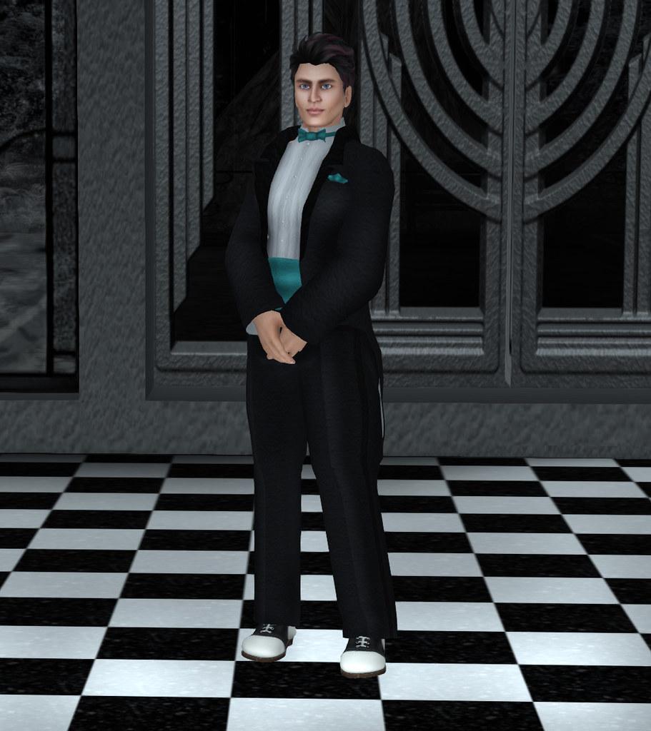 Avatar-Bizarre-Niven-Tux-II