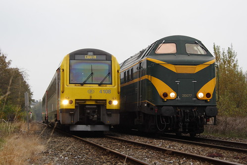 20071027 076 Philippeville. 4108 L4665 15.53 Charleroi-Sud - Couvin Passes 6077 With PFT TSP Tour To Couvin