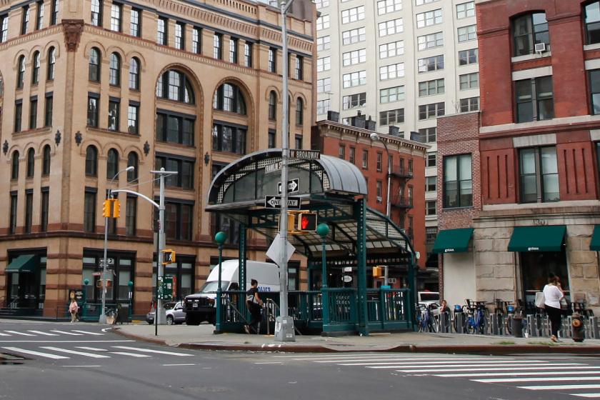 subway_front1