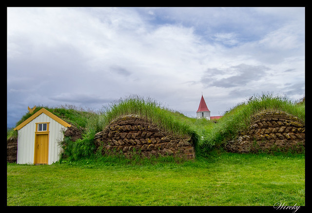 Islandia Myvatn Godafoss Akureyri Glaumbaer Vidimyrarkirkja Grundarfjordur - Granja de Glaumbaer