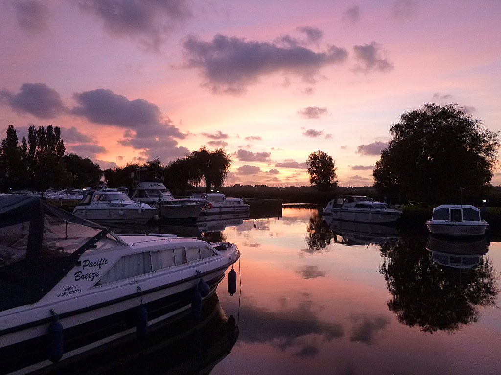 River Waveney Sunrise