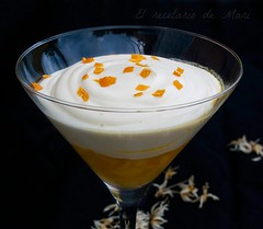 Mousse de chocolate blanco con mango
