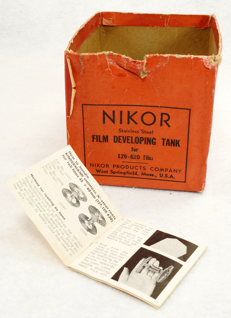 RD14949 Vintage Nikor Stainless Steel Film Developing Tank for 120-620 Film + 2 Reels DSC06707