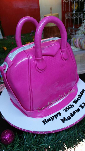 Handbag Cake by Donnalicious Bakeshop