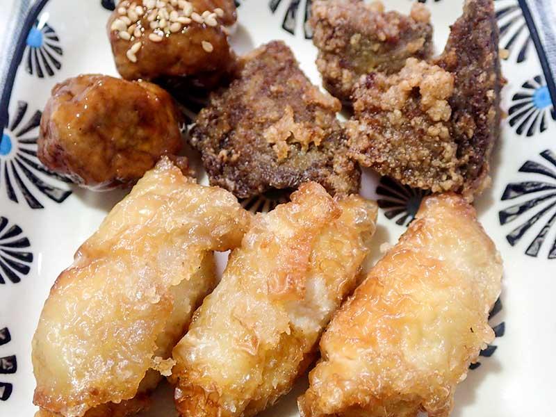 レバーザンギ、肉団子、鶏皮餃子