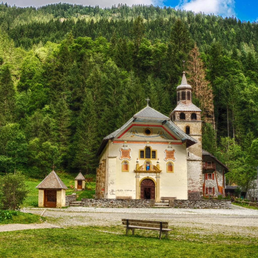 church_HDR