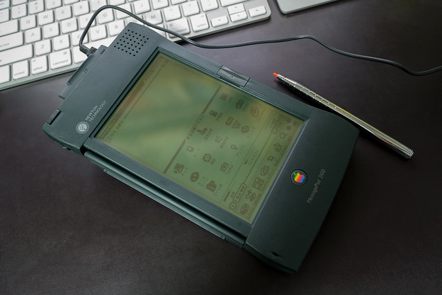 Apple MessagePad 2100