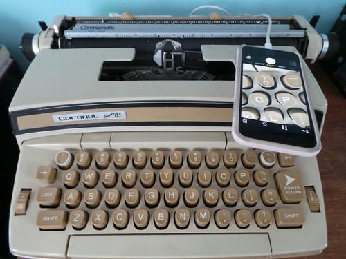 """Typewriter charging """"station"""""""