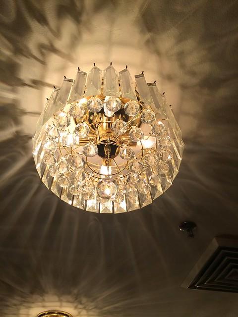 deco chandelier