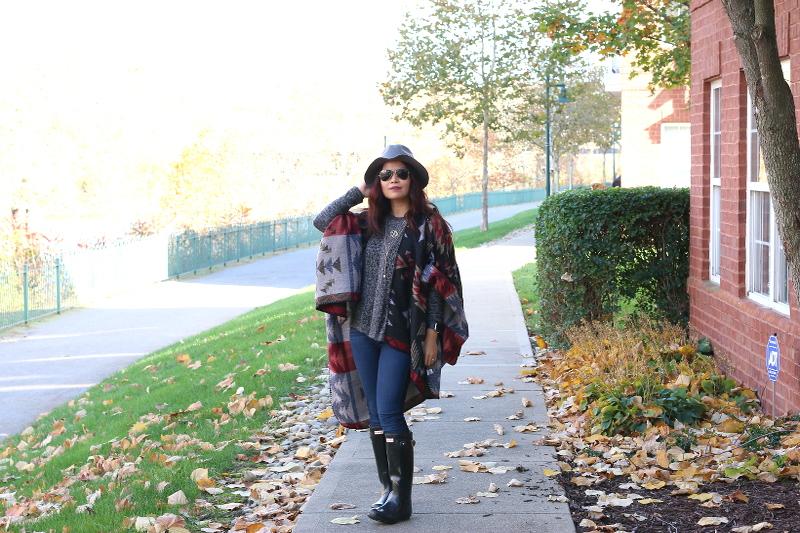 Fall-outfit-shopzyania-poncho-1