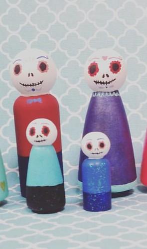 Peg Doll Family