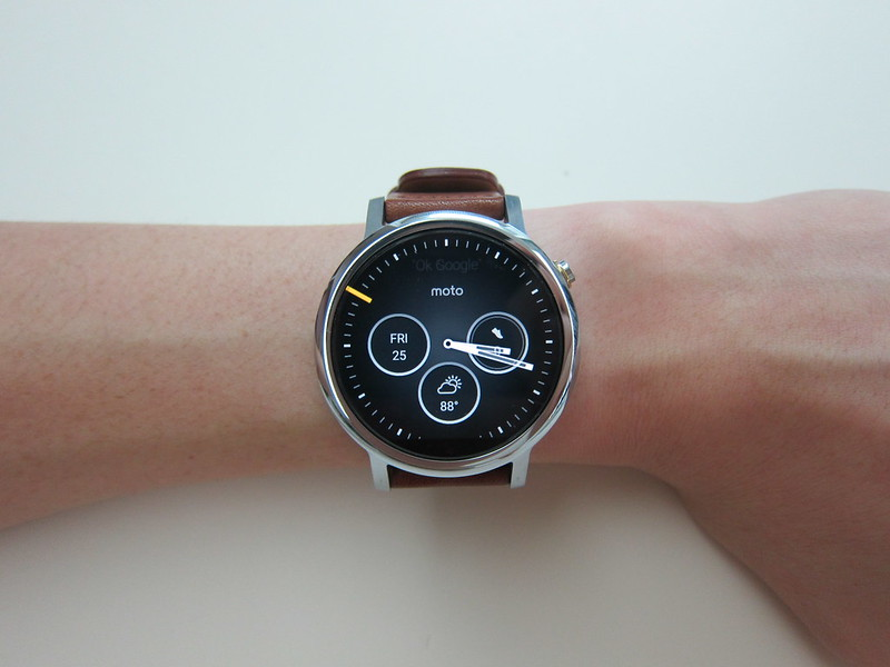 Moto 360 (2nd Gen) - On Wrist
