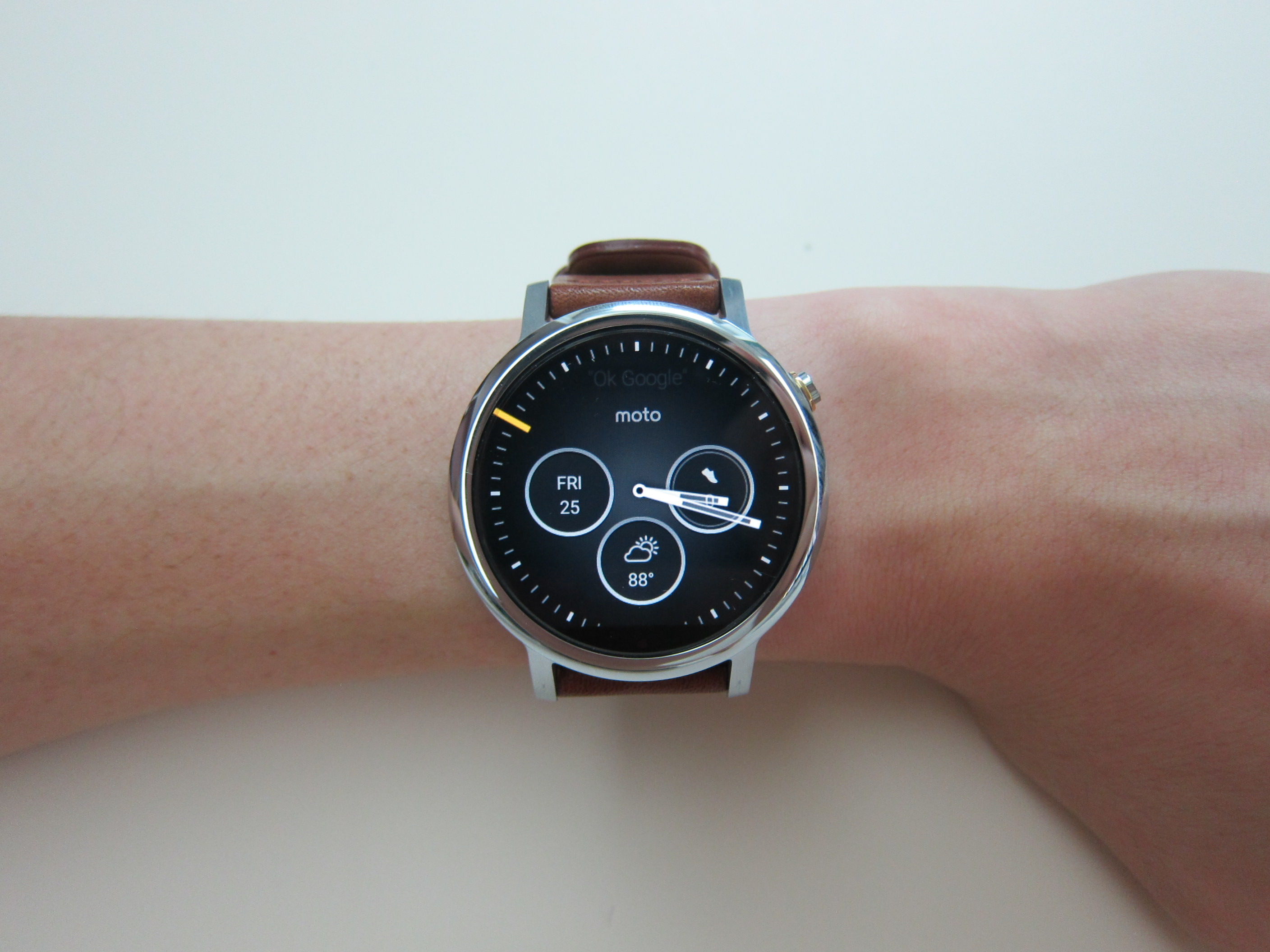 moto 2nd gen watch. Moto 360 (2nd Gen) - On Wrist 2nd Gen Watch