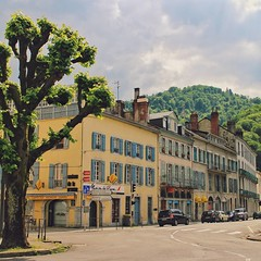A charming small city in the Pyrenees, Bagneres-de-Bigorre. We drive 20 minutes each way to get here every day for the delicious freshly baked croissants and baguette at the artisan bakeries. Really love their supermarkets too! Eventhough this town is so