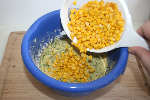 35 - Maiskörner hinzufügen / Add corn