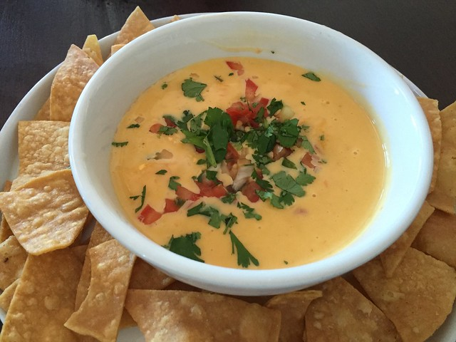 Tex-Mex style queso - Lookout