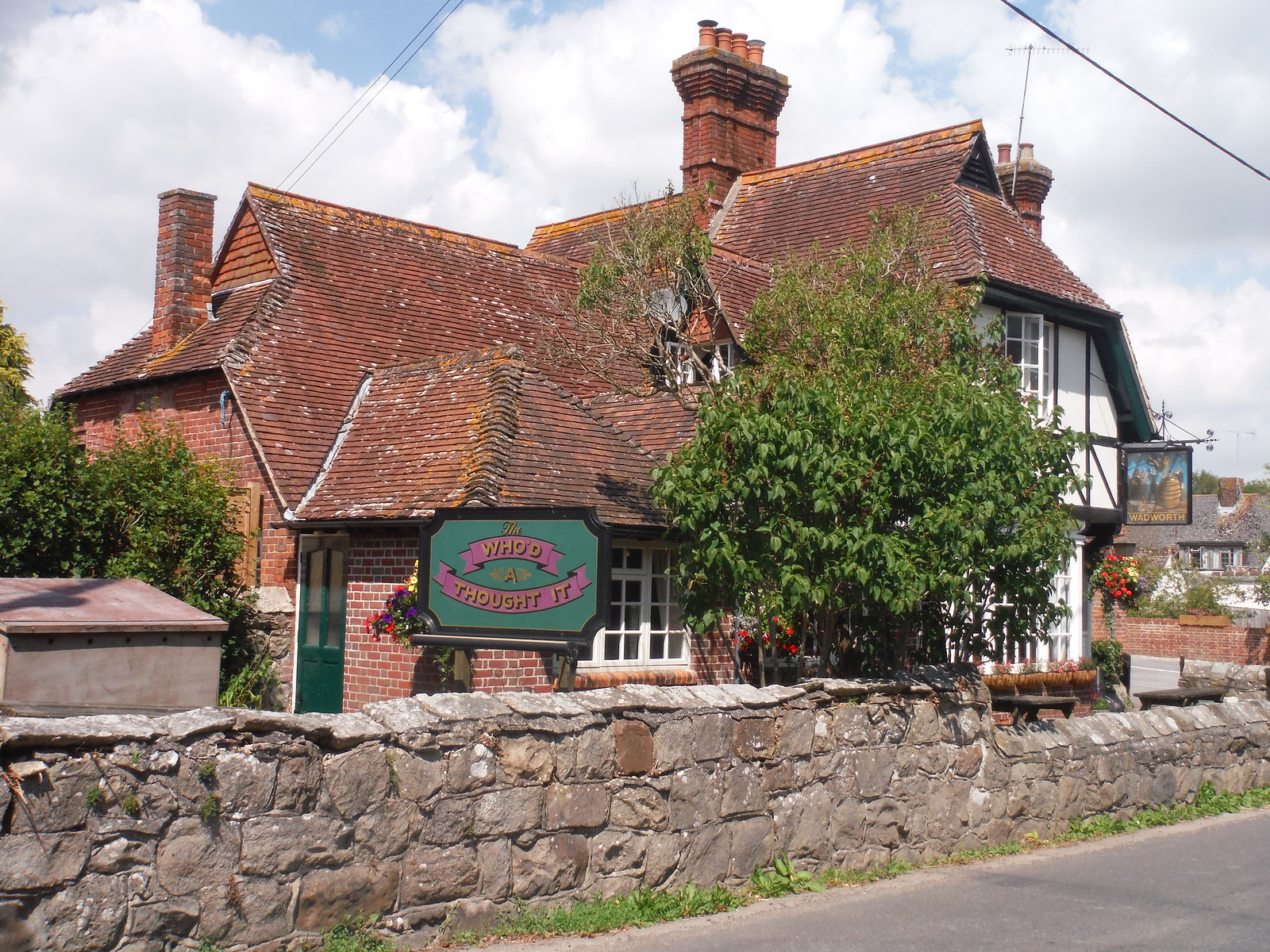 The Who'd A Thought It Pub, Lockeridge SWC Walk 255 Pewsey or Marlborough Circular via Avebury