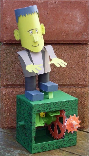 Frankie, paper automaton