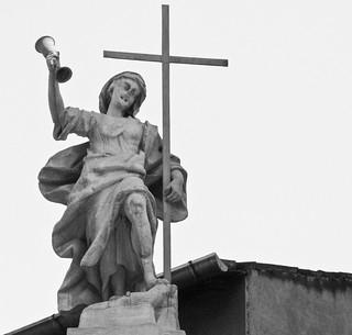 Statue, Via Manzoni, Milan