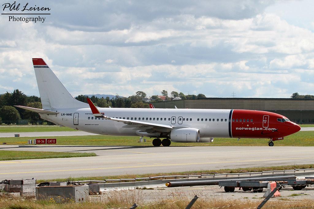 LN-NHE - B738 - Norwegian