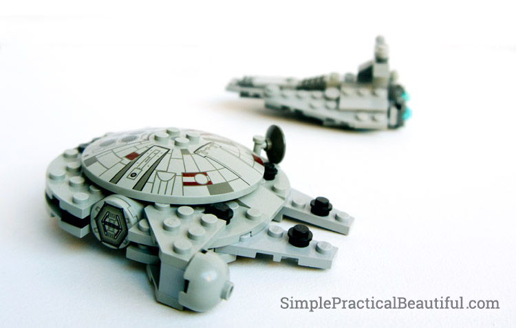 star-wars-mobile-millenium-falcon