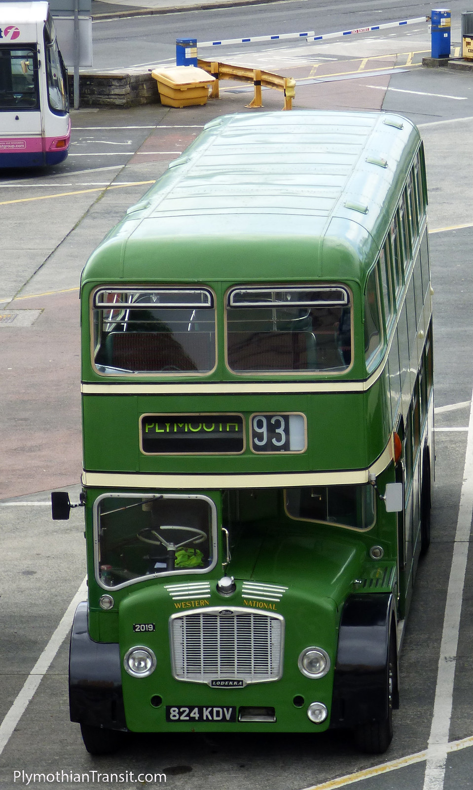 824 KDV Western National