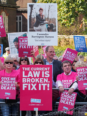 Dual Yes and No protest against Assisted Dying Bill - 16.01.2015 -110459.jpg