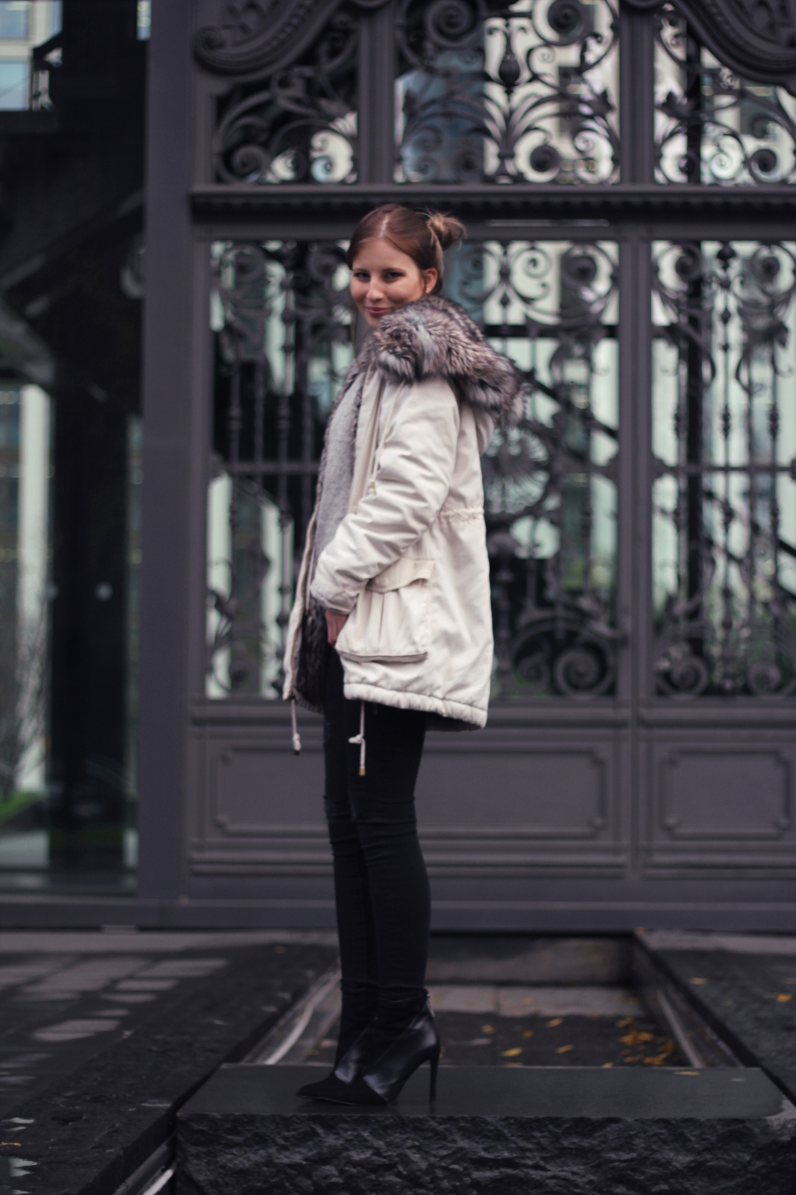 outfit french connection parka zara jeans booties h und m pullover