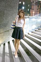 Sleeveless top and Navy miniskirt_7