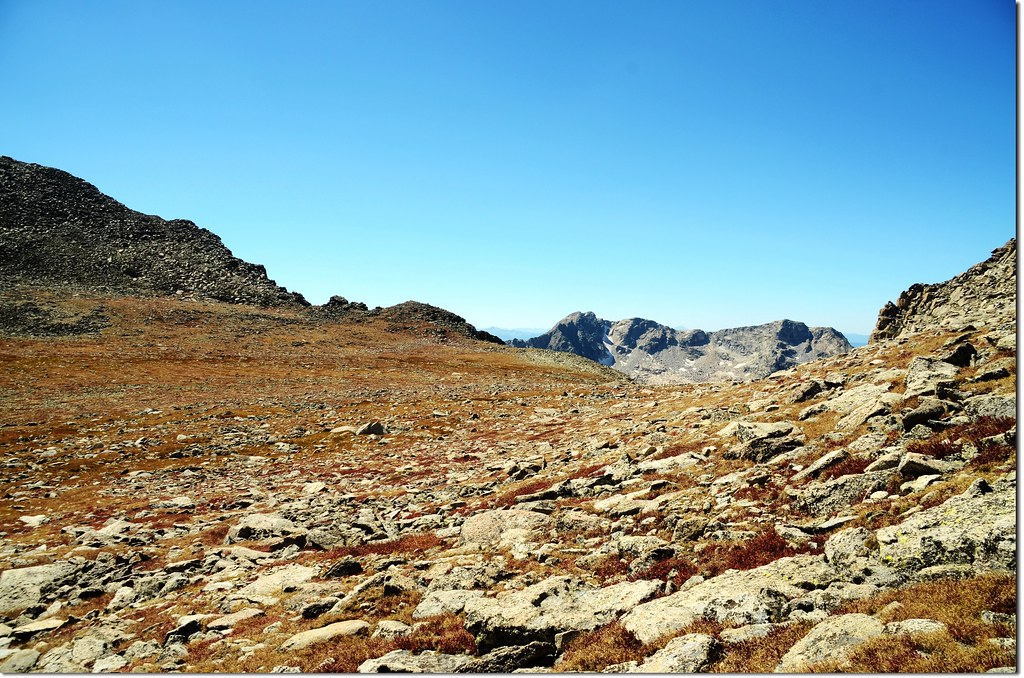 Westerly views from the expansive saddle beneath Mt Toll's summit