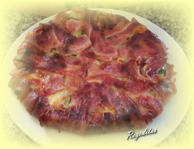 PASTEL DE CALABACIN, BACON Y QUESO