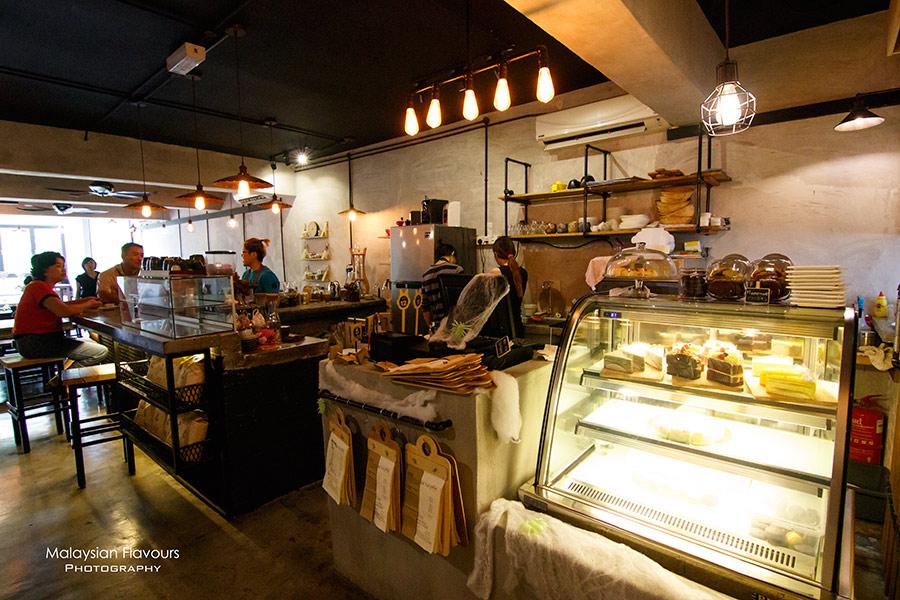 peekaboo-cafe-esplanad-bukit-jalil-kl