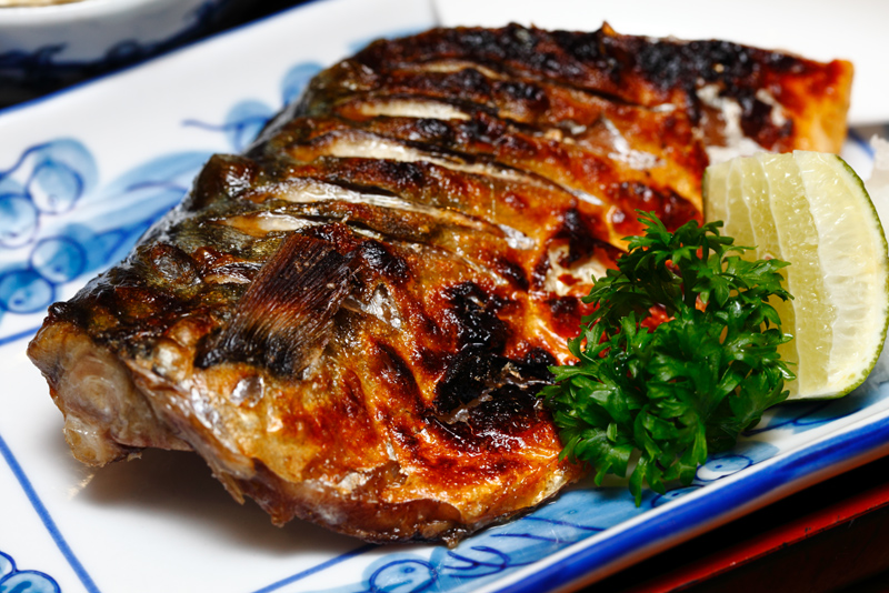 Salt-Grilled-Mackerel