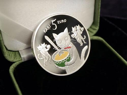 У Латвії випускають колекційні монети з котами