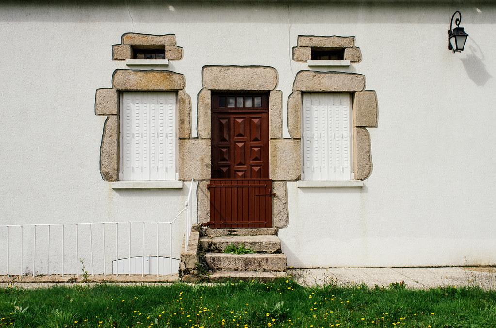 Grande traversée du Morvan - Du granit sur les murs