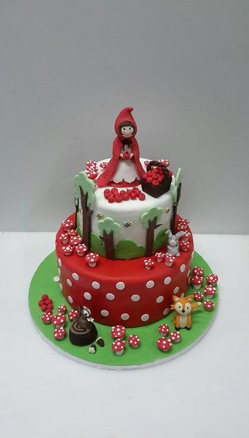 Cake by Zoe's Wonderland