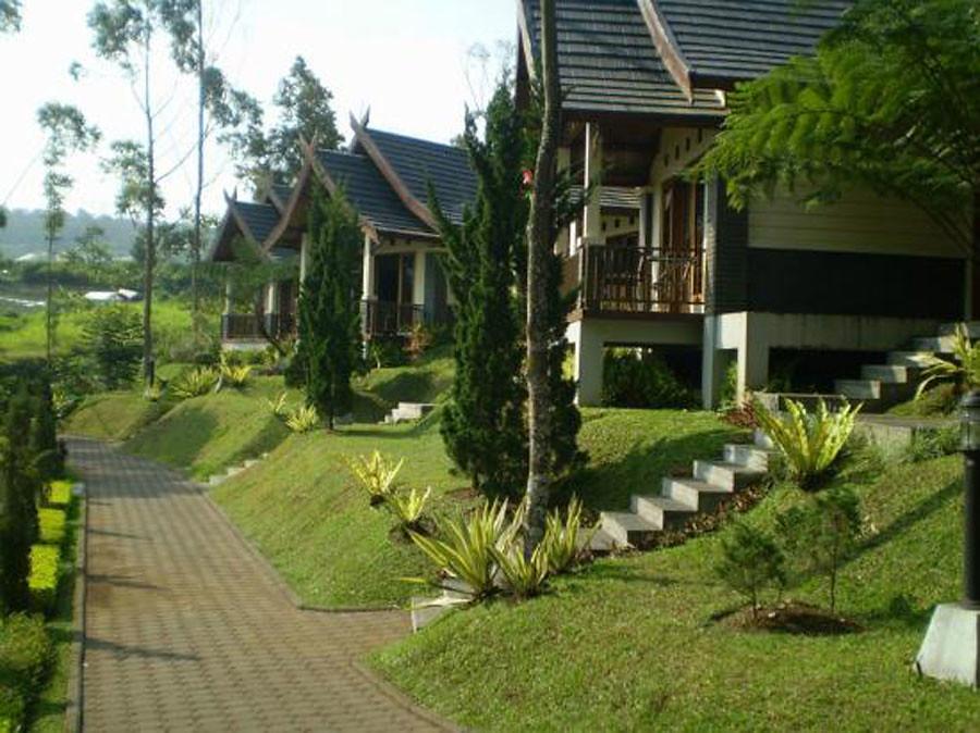 sindang-reret-hotel exterior