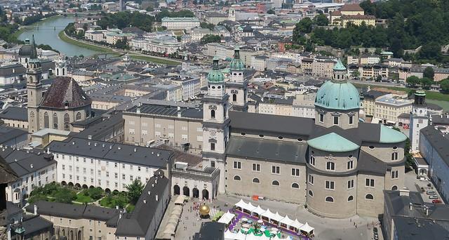Zalcburgas baznīcas