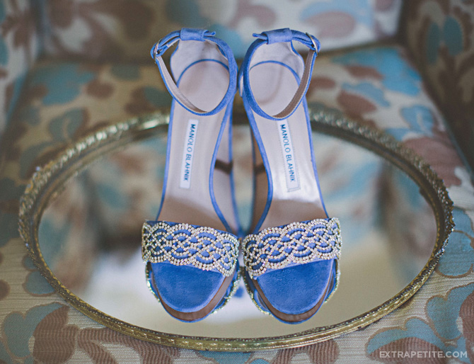 manolo blahnik something blue jeweled wedding shoes