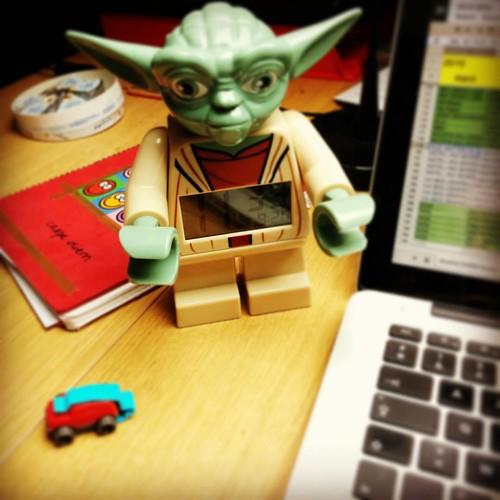 Yoda en ik, wij komen wij goed overeen, wij. #gezelschap #homeoffice