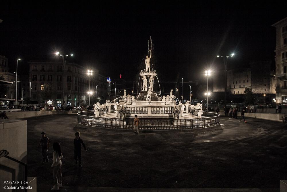 17/18 ottobre 2015 Napoli, Piazza Municipio - Massa Critica. Decide la città