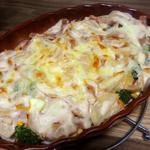 ブロッコリーとゆで卵のグラタンで温まる