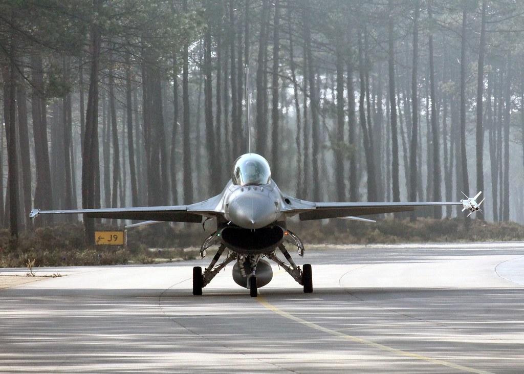ROAF_F16_piloti_romani (2)
