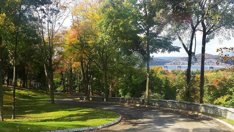 Элитный поселок с парком в окрестностях Манхэттена