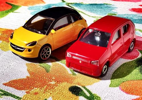 Majorette Opel Adam & Tomica Suzuki Alto